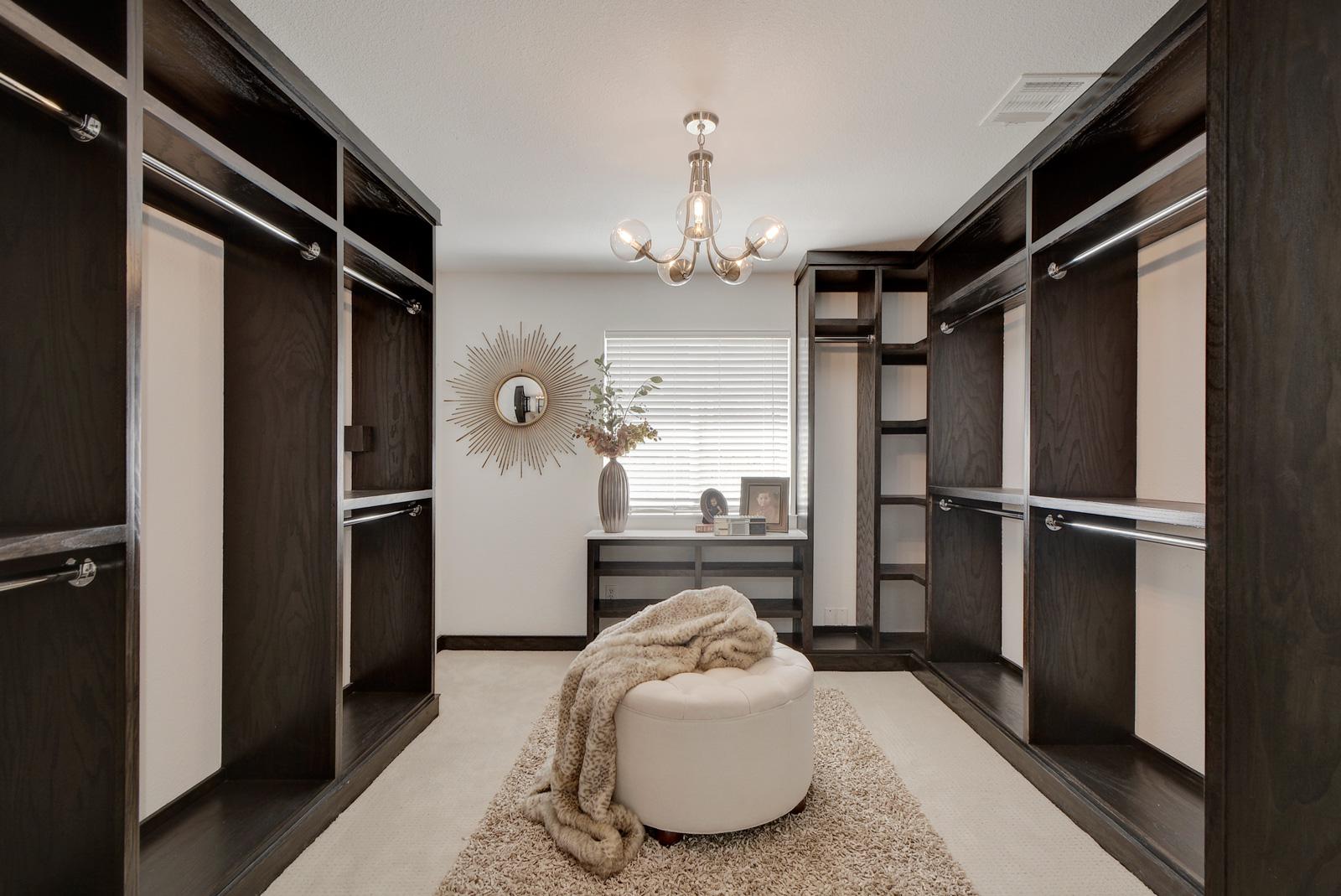 Harrogate Closet